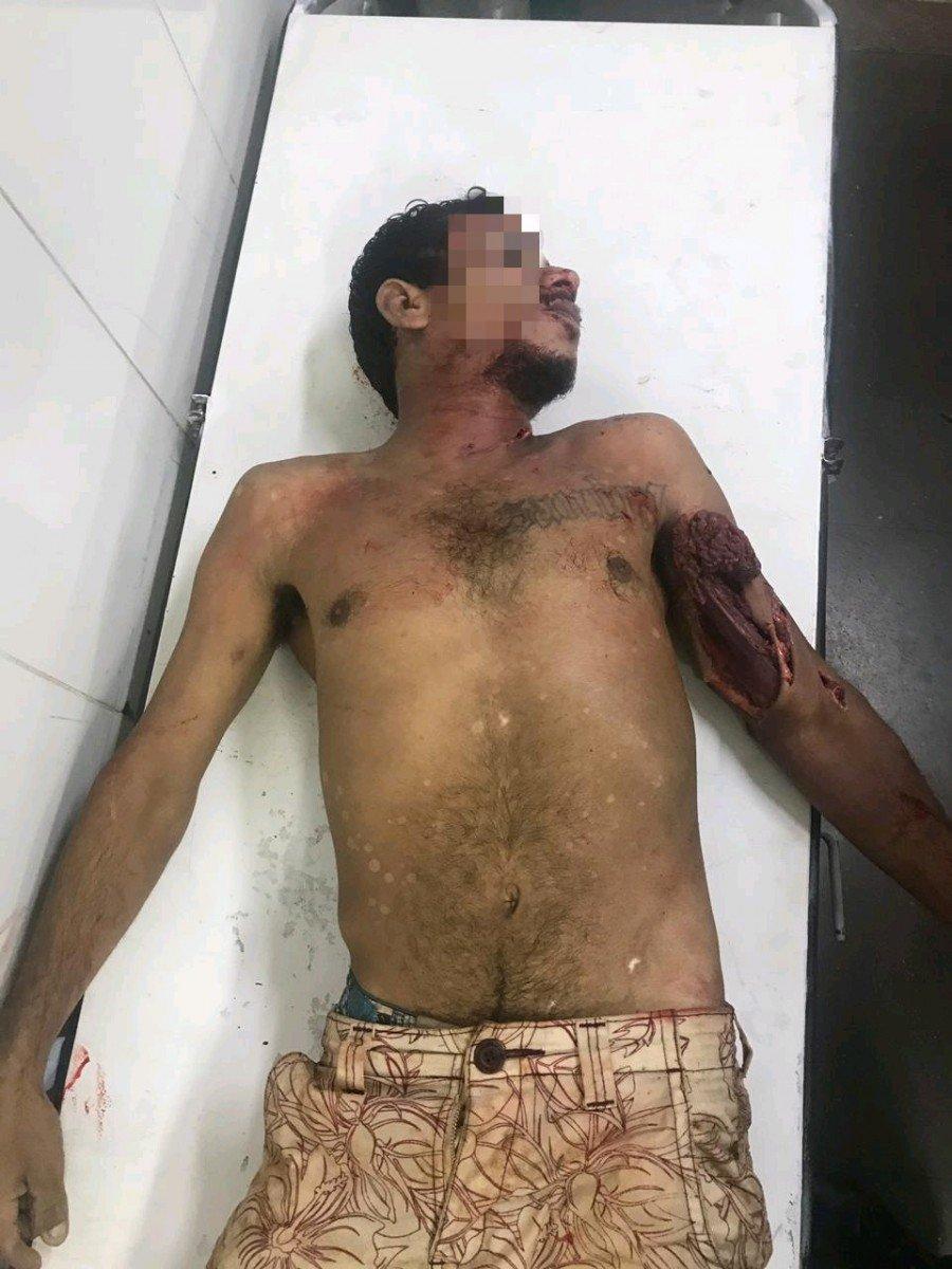 O homem foi identificado apenas como Rodrigo e teria envolvimento no roubo de uma moto no município