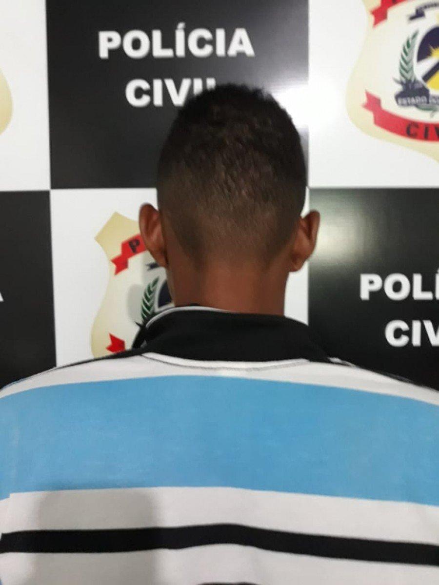 Homem suspeito de furtar dezenas de peças de roupas em Aparecida do Rio Negro foi preso pela Polícia Civil em Miracema