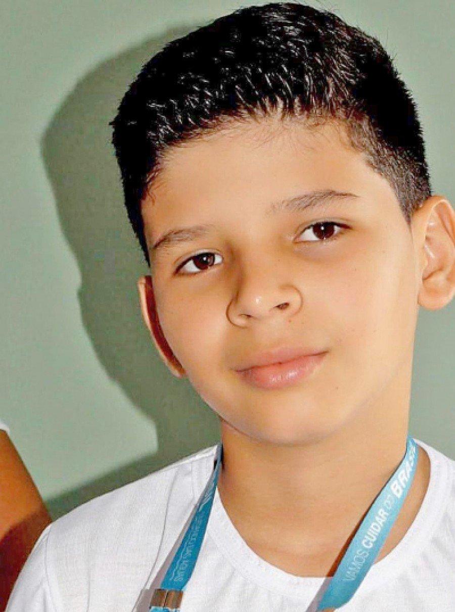 Rhenan Cauê Barbosa Batista, aluno do Colégio Estadual Osvaldo Franco, de Araguatins