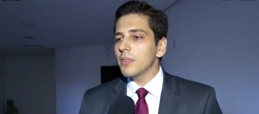Deputado Olyntho Neto negou envolvimento no escândalo do lixo hospitalar e disse que não sabe onde o pai está
