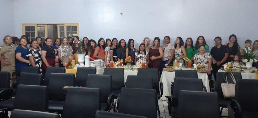 Mulheres participantes do primeiro encontro (Foto: Divulgação 9º BPM)