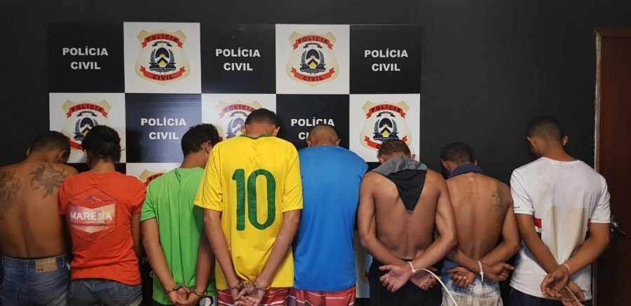"""Polícia Civil realizou """"Operação Scavenge"""" e prendeu oito pessoas suspeitas de tráfico na Capital"""