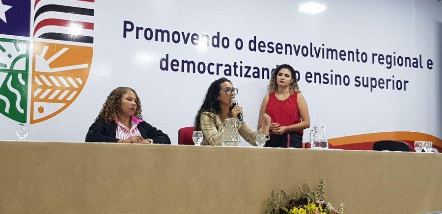 Evento contou com palestras direcionadas ao público feminino e teve apoio da Uemasul