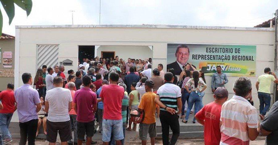 Deputado Jair Farias inaugurou Escritório de Representação Política em Axixá