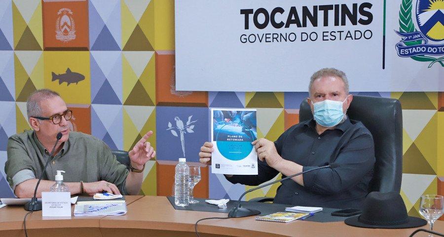 Secretário Tolini entregou ao Governador plano de retomada das cirurgias eletivas (Foto: Washington Luiz)