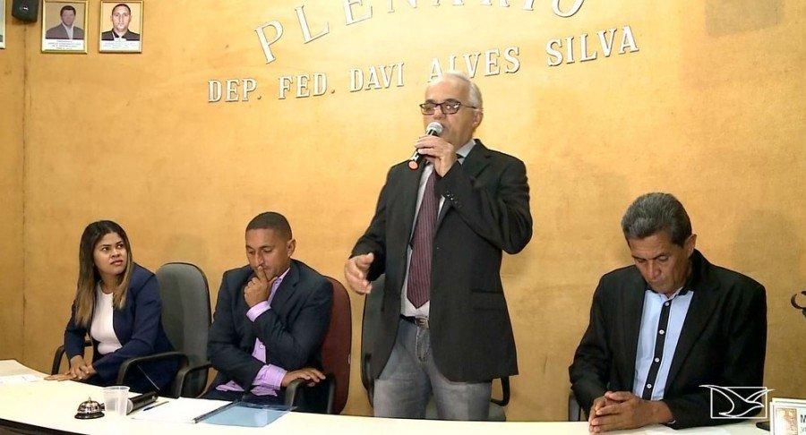 Vice chegou a assumir a prefeitura de Davinópolis-MA, mas depois foi preso por suspeita de participação no assassinato do prefeito (Foto: Reprodução/TV Mirante)