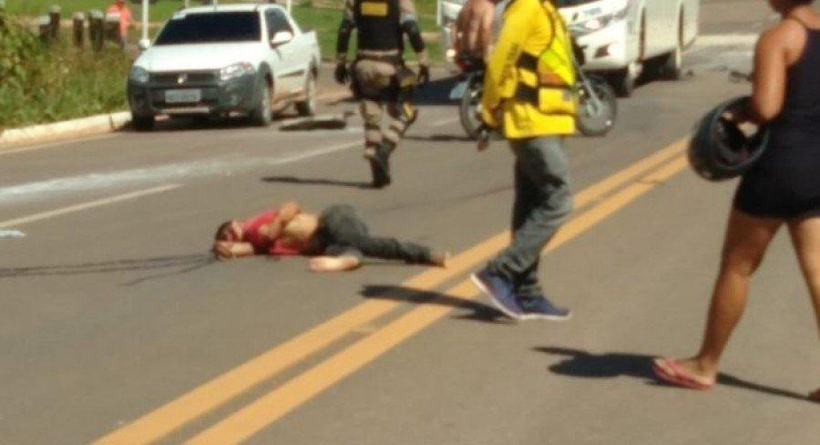 O motociclista teve morte instantânea (Foto: WhatsApp)