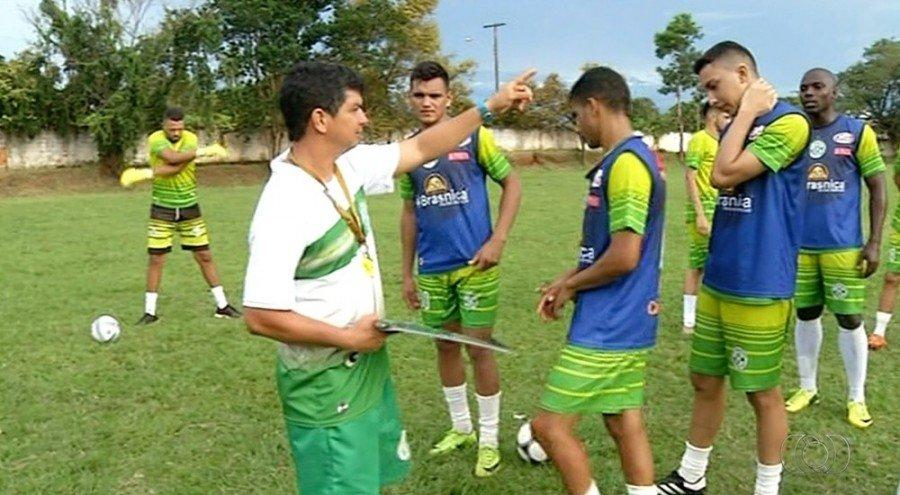 Tocantinópolis já está treinando sob o comando do técnico Anaílson (Foto: Reprodução/TV Anhanguera)