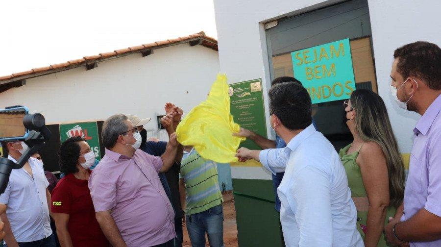 Deputado Jair Farias participa de inauguração de obras em Babaçulândia (Foto: Divulgação)