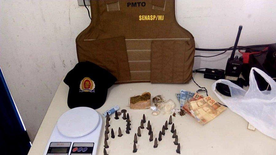 Objetos apreendidos pela PM em Talismã (Foto: Divulgação PMTO)