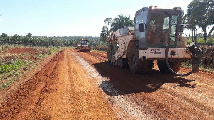 A reconstrução da TO-126 entre Aguiarnópolis e Tocantinópolis é mais um trecho no qual o Governo do Estado proporciona mais segurança e conforto aos usuários