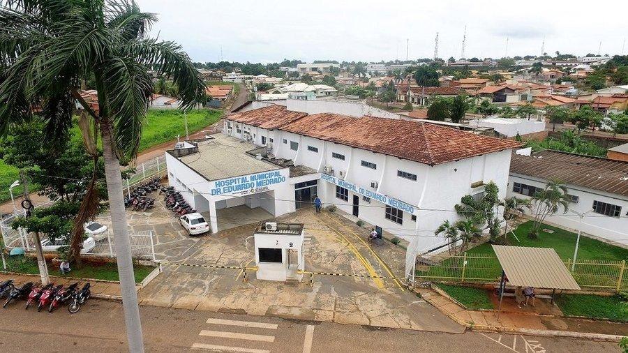 As crianças estão internadas há aproximadamente dez dias no Hospital Municipal de Araguaína, ambas com cerca de dois anos de idade