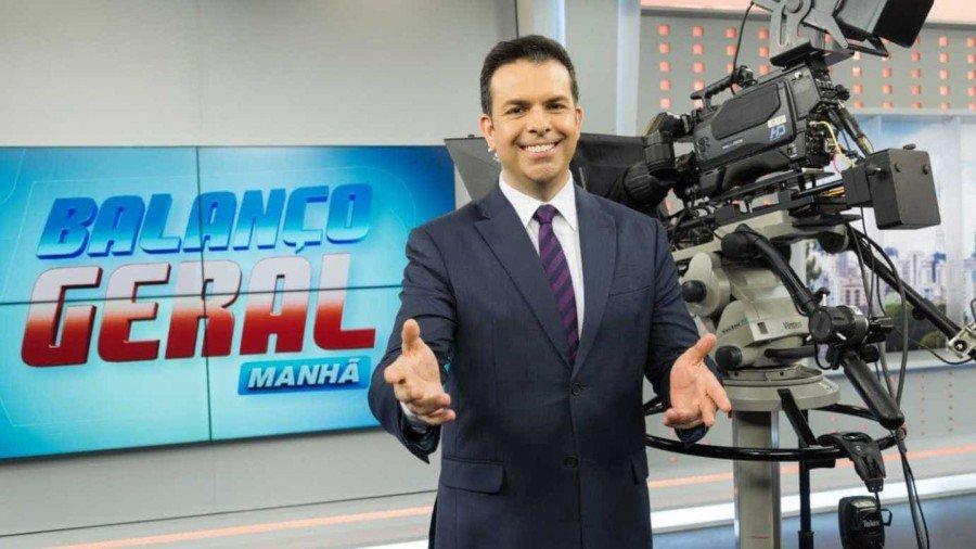 Ele só voltará a integrar a escala de apresentadores do Cidade Alerta depois que se casar, diz site (Foto: Antonio Chahestian/Record TV)