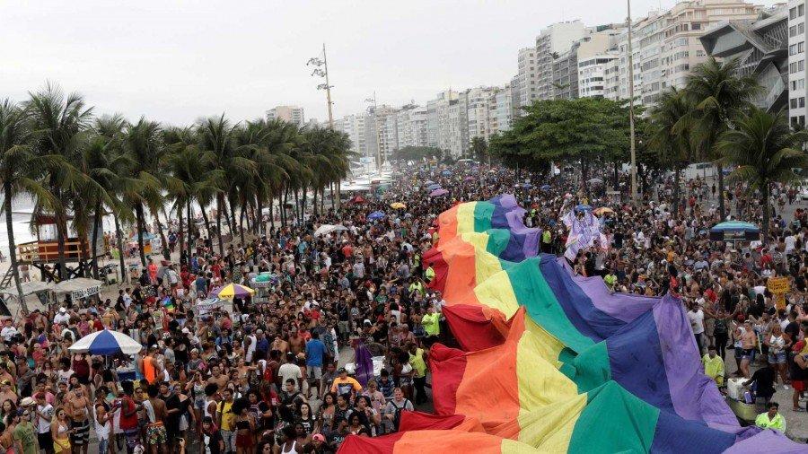 Entre os apoiadores do candidato, discurso de que ele é homofóbico é rejeitado (Foto: Ricardo Moraes / Reuters)