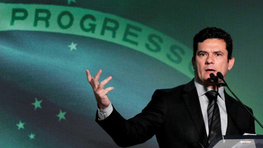 Bolsonaro já havia sinalizado a intenção de convidar Moro para integrar seu governo (Foto: Reuters / Paulo Whitaker)