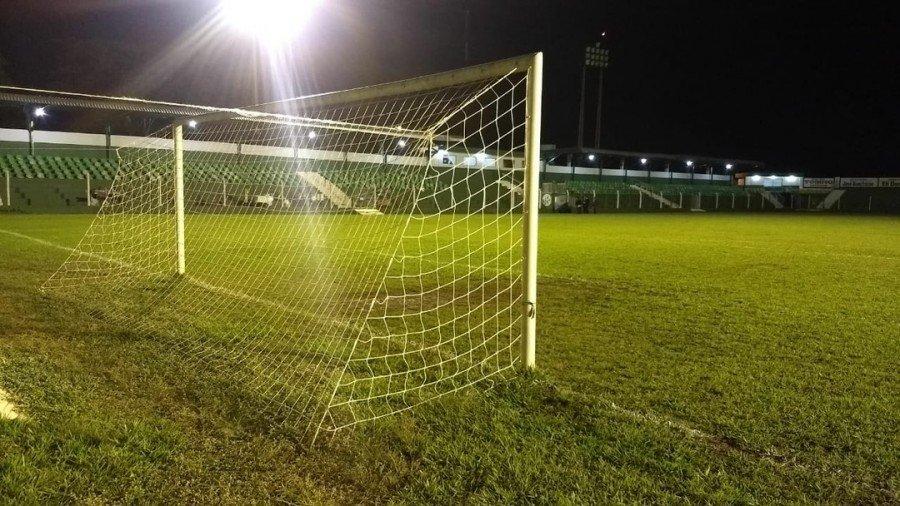 Jogo aconteceu no estádio Ribeirão