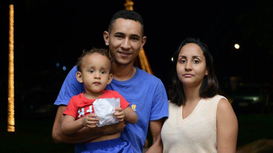 A vila fica ao lado da casa de Daniel Ribeiro que pode sempre, neste período, levar a família ao local