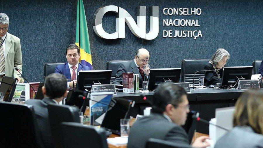 A ideia é endurecer a concessão do auxílio criando uma série de pré-requisitos para o seu recebimento (Foto: Luiz Silveira/Agência CNJ)