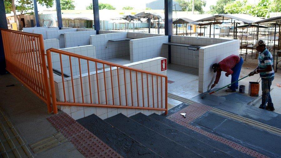 Feira recebeu a instalação de 12 baias para comidas tradicionais e 12 destinadas ao manuseio de aves e pescados