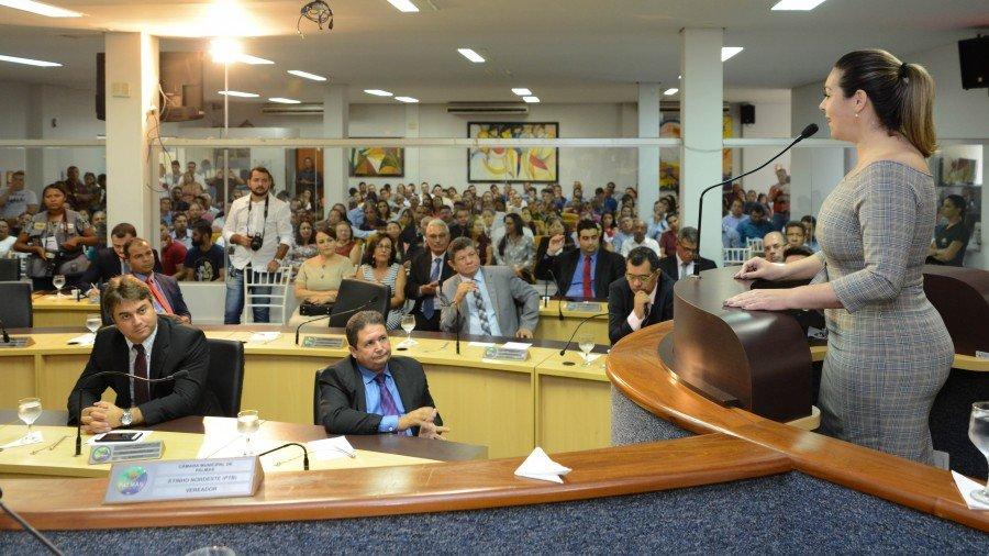 Prefeita de Palmas antecipa pagamento do duodécimo de 2019 para Câmara de Vereadores