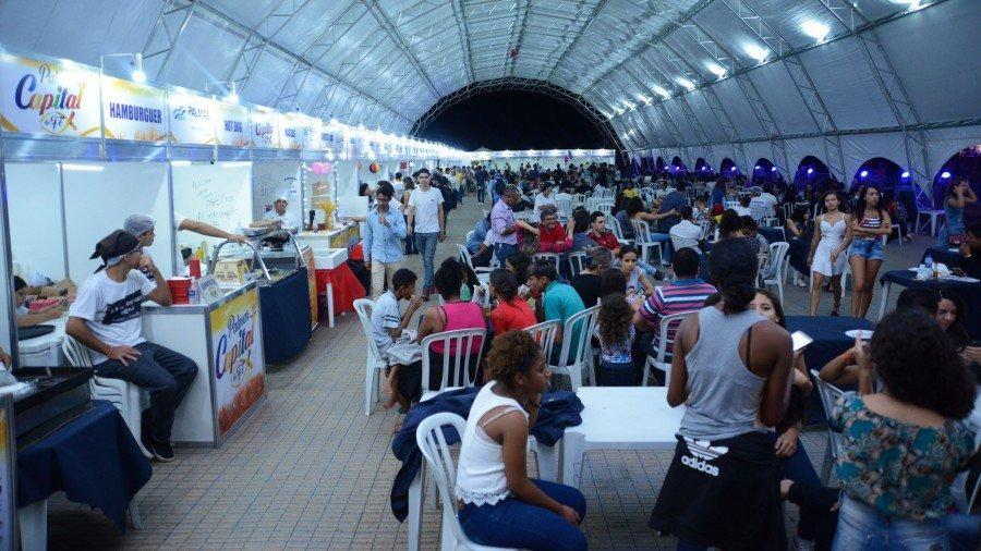 Estandes são tradicionais pontos de encontros durante o evento (Foto: Secom Palmas)