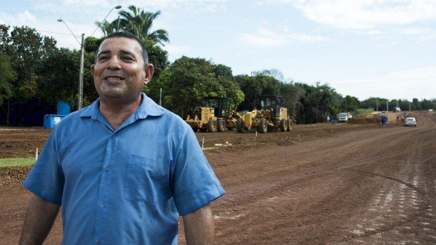 Wuilton da Silva ajudou a executar muitas das obras de melhoria de vias e pavimento da cidade, por isso diz que a conhece tão bem
