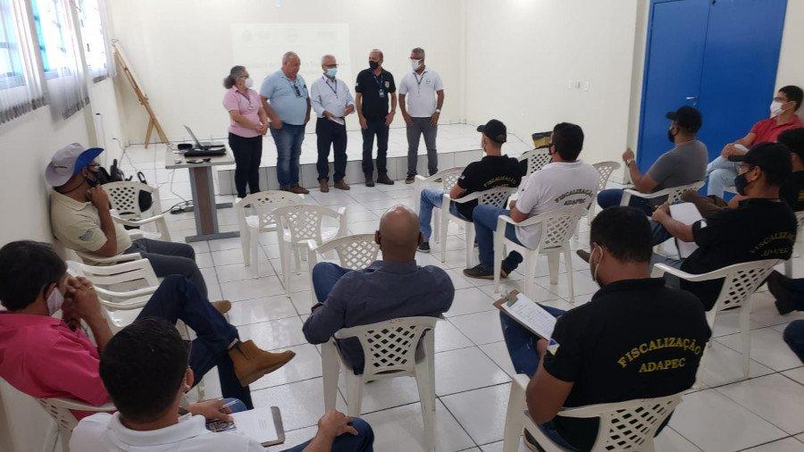 Fiscais da Adapec do Tocantins recebem treinamento sobre a praga monilíase para colaborar com o estado da Bahia na fiscalização de trânsito