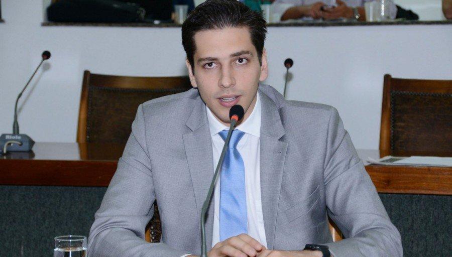 Deputado estadual Olyntho Neto pode ser investigado por envolvimento no escândalo do lixo