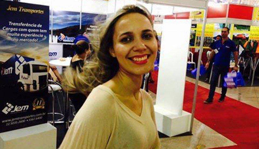 Elizelda trabalhou alguns anos no Banco do Brasil, em Araguatins, onde fez vários amigos