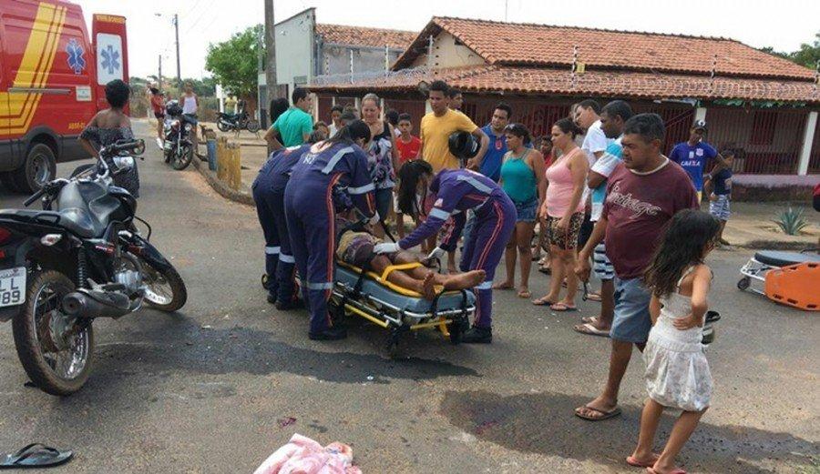 Suspeitos foram socorridos e em seguida levados para a delegacia (Foto: Divulgação)