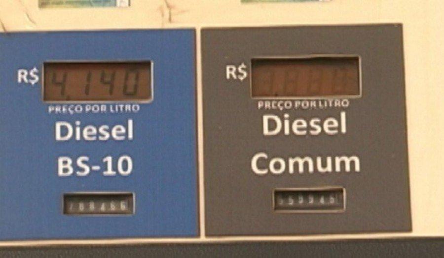Em Marabá e Parauapebas, no sudeste do Pará, o preço do diesel ainda está sem o desconto de 46 centavos (Foto: Reprodução/TV Liberal)