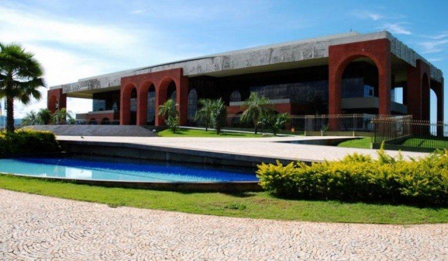 Servidores públicos do Tocantins recebem, em suas contas, nos primeiros minutos desta quinta-feira, 11, o salário do mês de dezembro