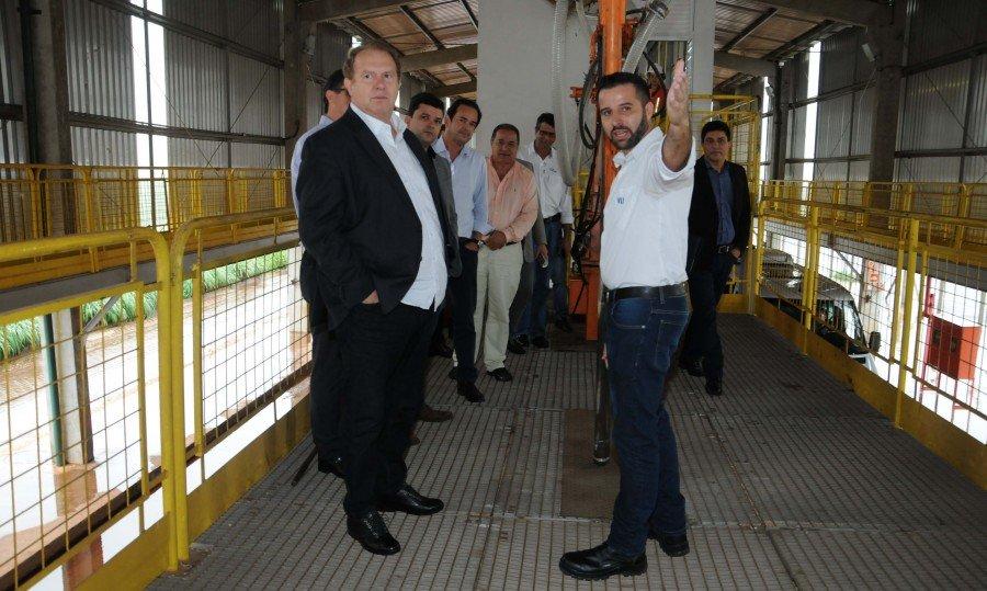 Mauro Carlesse conheceu os setores da VLI, como o de classificação de grãos, o tombador de carretas e a tulha de carregamento ferroviário