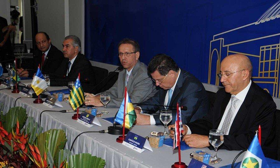 Marcelo Miranda e demais governadores dos estados que compõem o Consórcio Interestadual de Desenvolvimento do Brasil Central reúnem-se, nesta sexta-feira, 6, no Palácio Rio Madeira, em Porto Velho-RO