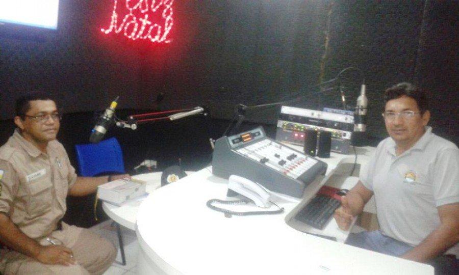 Sargento Silvano em entrevista na rádio Sucesso FM de Araguatins