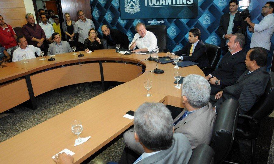 Mauro Carlesse empossa novos gestores da Seden e da Adapec (Foto: Lia Mara)