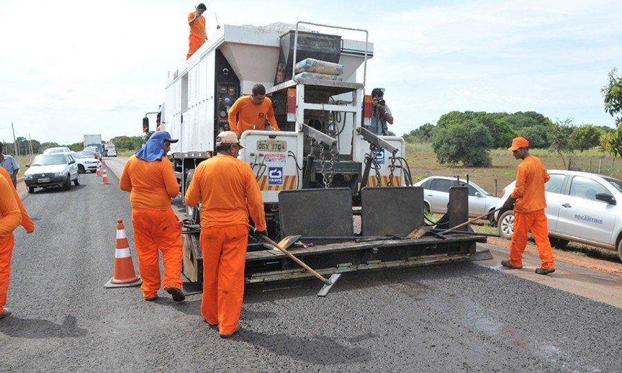 As obras, que terão mais de R$ 55 milhões para a recuperação de rodovias pavimentadas serão iniciadas o mais rápido possível
