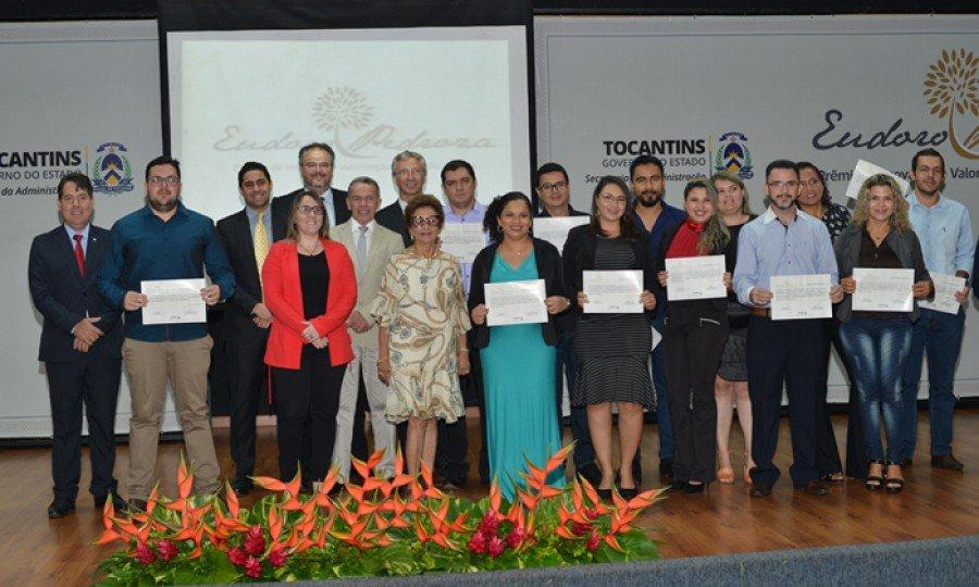 Os servidores vencedores receberam prêmios em dinheiro