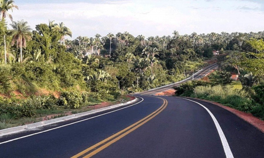 Governo agiliza término do asfalto da TO-126, trecho que liga o município de Tocantinópolis ao Povoado Ribeirão Grande