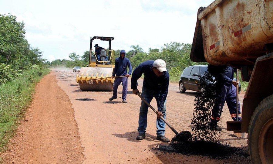 Além da TO-020 trecho entre Palmas e Novo Acordo, outras rodovias também estão sendo beneficiadas com serviços de manutenção