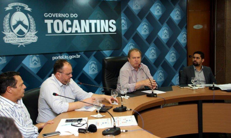 Governador Carlesse empossou novos secretários e pediu determinação da equipe no cumprimento das metas de equilíbrio fiscal