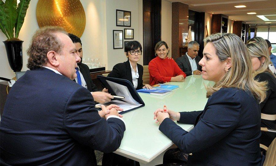 Reunião ocorreu no fim da tarde desta quinta-feira, 21, no Palácio Araguaia (Foto: Washington Luiz)