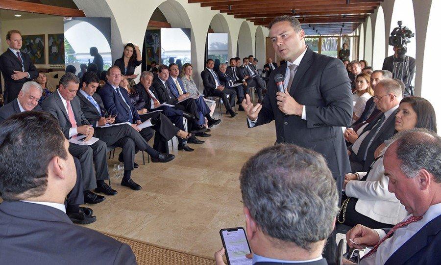 Reunião teve como pauta principal a revisão do Pacto Federativo, onde debateram estratégias para dar mais autonomia aos estados