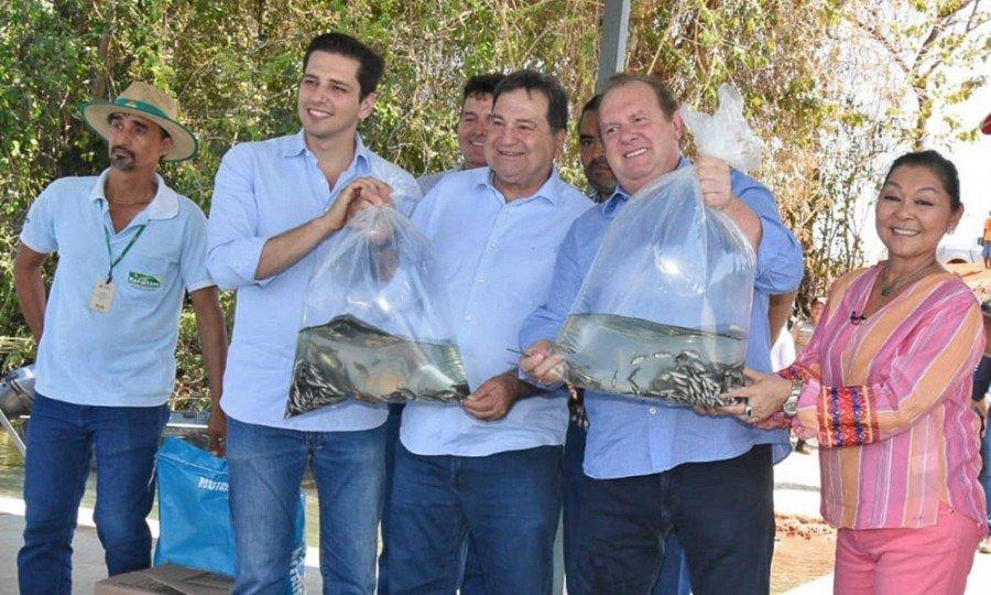 Projeto de criação de tilápias em tanques-rede foi lançado pelo Governador Carlesse em Brejinho de Nazaré