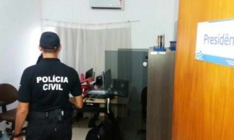 Policiais cumprem mandados em órgãos municipais