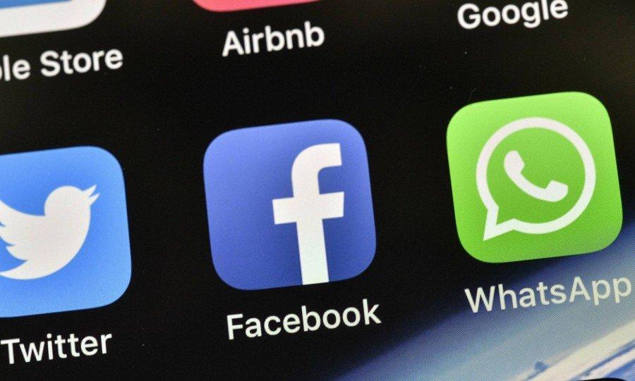 Problemas de conexão, que também afetaram gradualmente o WhatsApp, começaram às 13h (Foto: MARTIN MEISSNER AP)