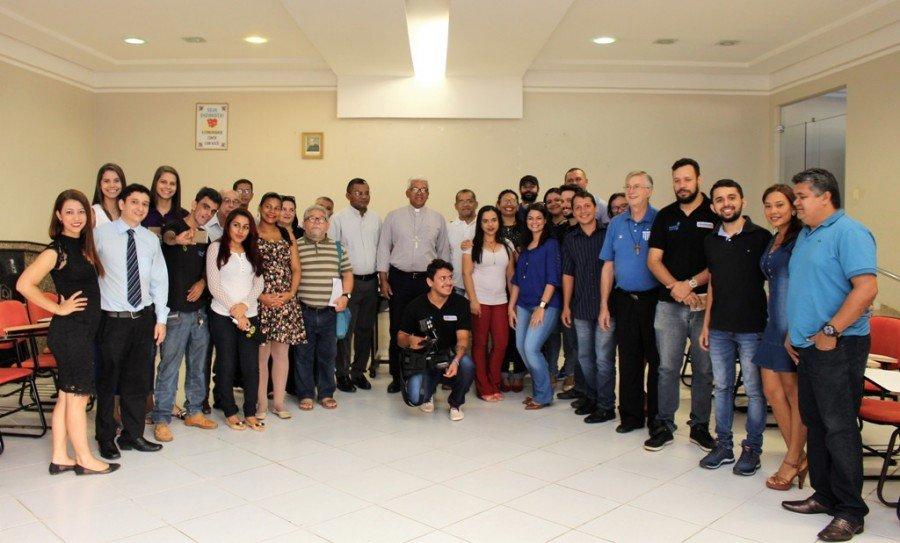 Bispo da Diocese de Tocantinópolis, Dom Giovane se reúne com profissionais de comunicação social em Araguaína