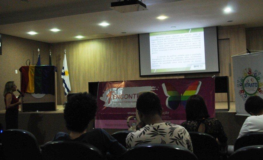 1° Encontro de Travestis e Transexuais do Tocantins aconteceu na quinta e sexta-feira, 6 e 7, no auditório da Defensoria Pública, em Palmas