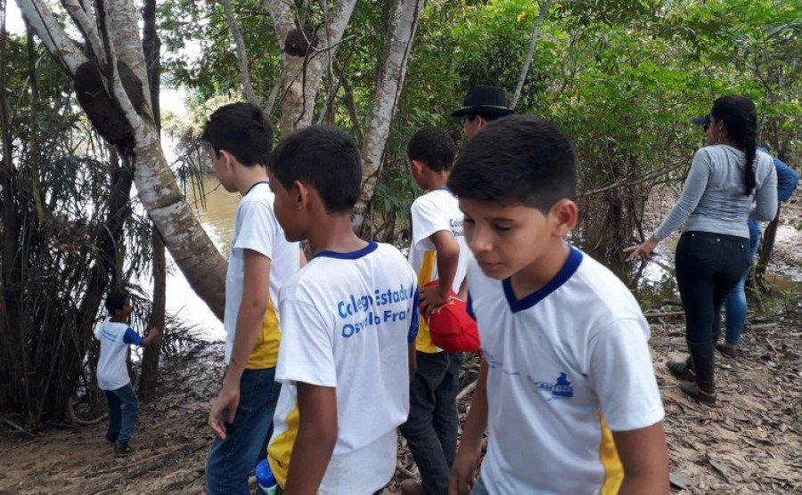 Ação permanente de revitalização do Córrego Brejinho em Araguatins