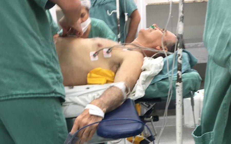 Jair Bolsonaro (PSL) foi atendido em hospital de Juiz de Fora após levar facada na barriga